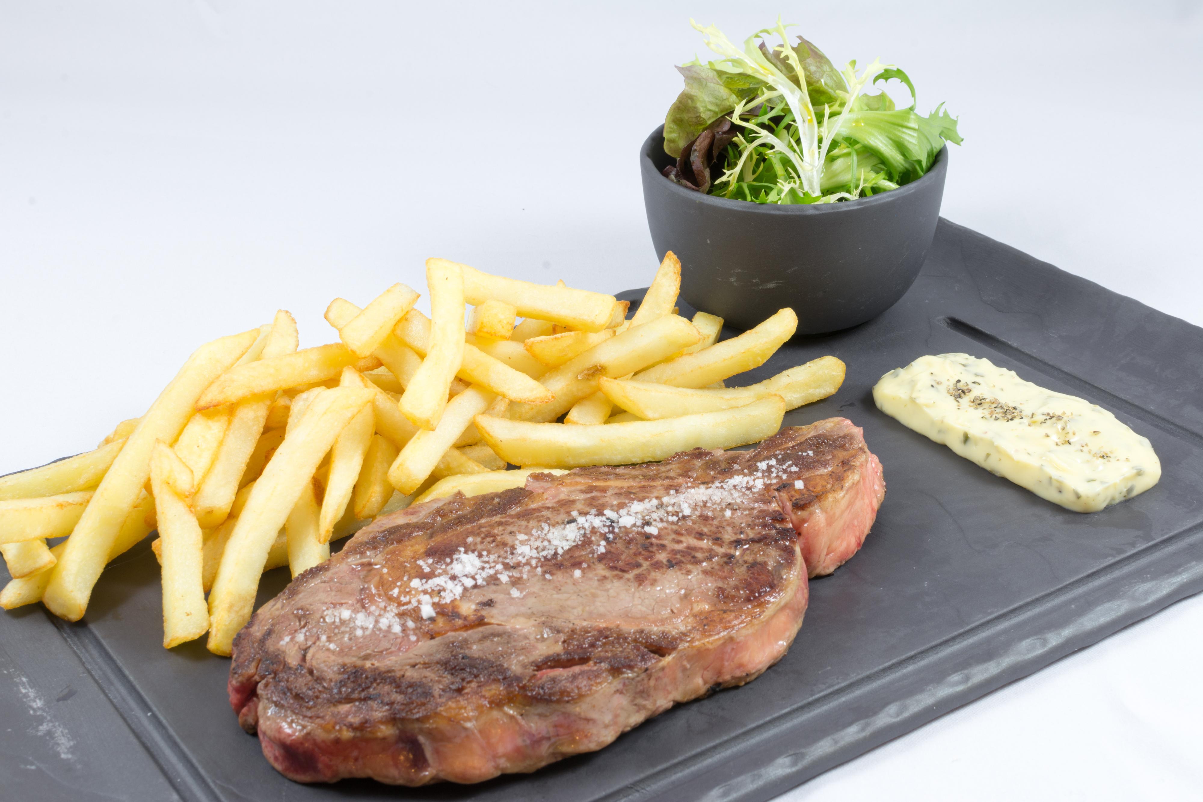 Entrecôte 280 gr sauce béarnaise frites